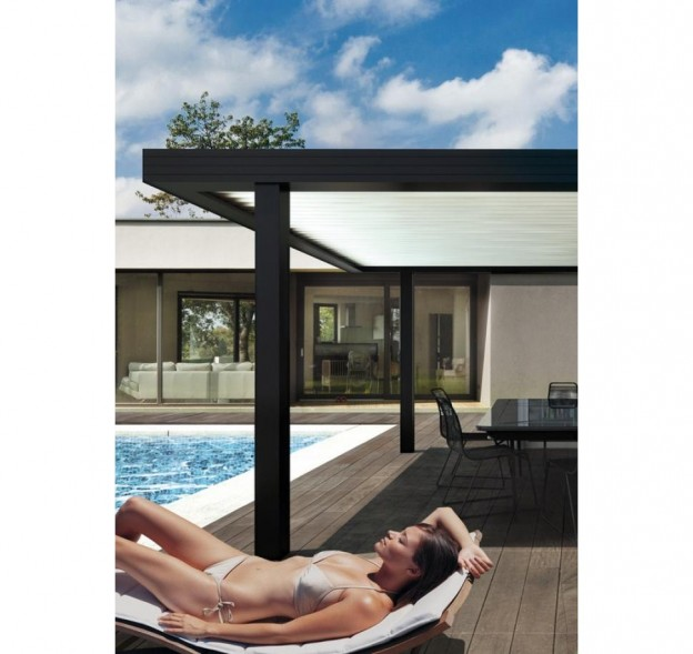 pergola bioclimatique entre ombre et lumi re. Black Bedroom Furniture Sets. Home Design Ideas